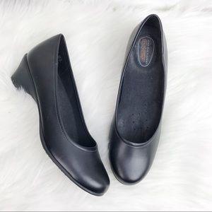 PREDICTIONS SafeTStep black comfort 6.5 heels